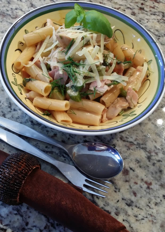 Fennel Bacon and Chicken Pasta