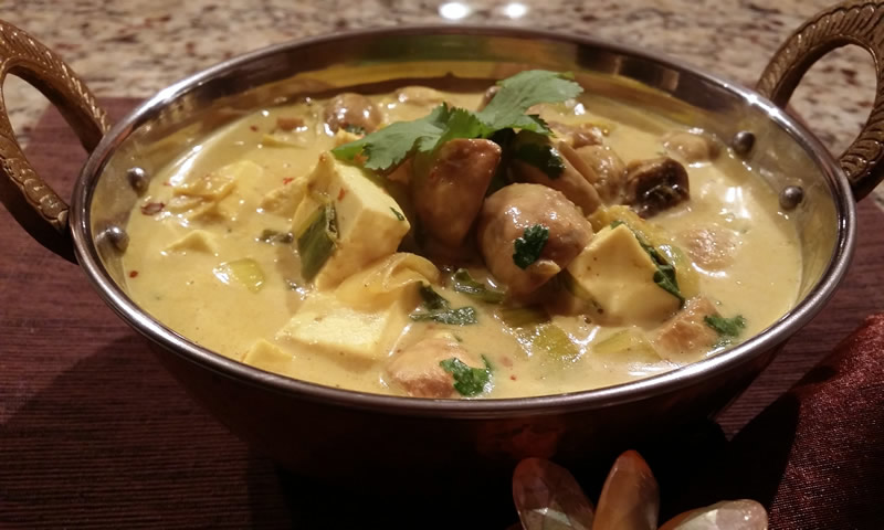 Leek Mushroom and Paneer Curry